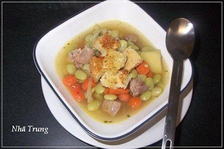 Bữa sáng dinh dưỡng với súp đậu Lima