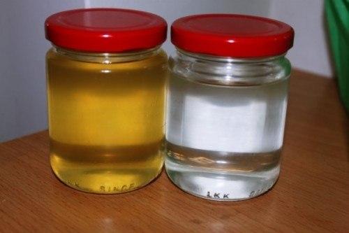 Phân biệt dầu dừa qua màu sắc